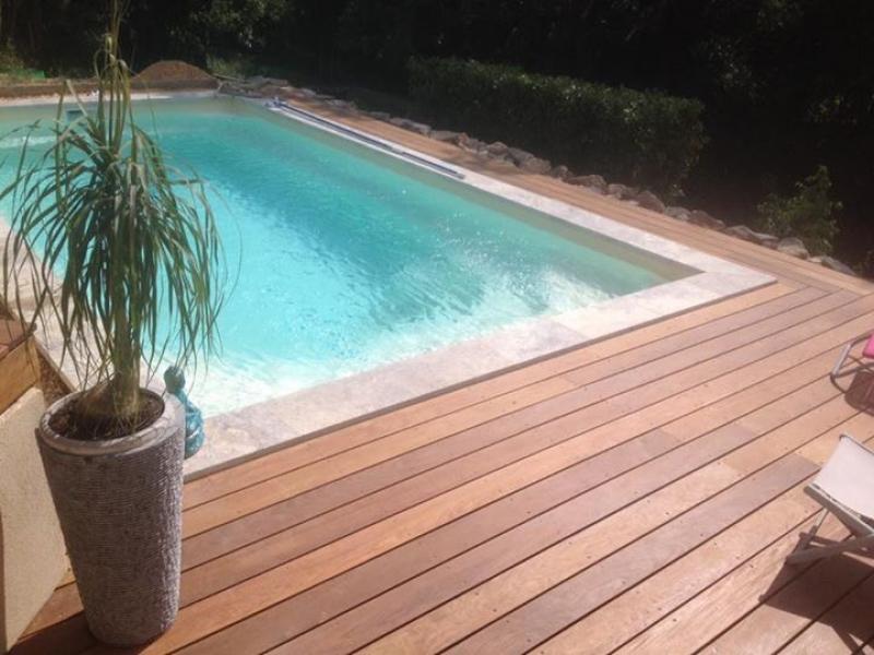 piscine avec plage immerg e plaisance coque polyester aix en provence prostyle piscine. Black Bedroom Furniture Sets. Home Design Ideas